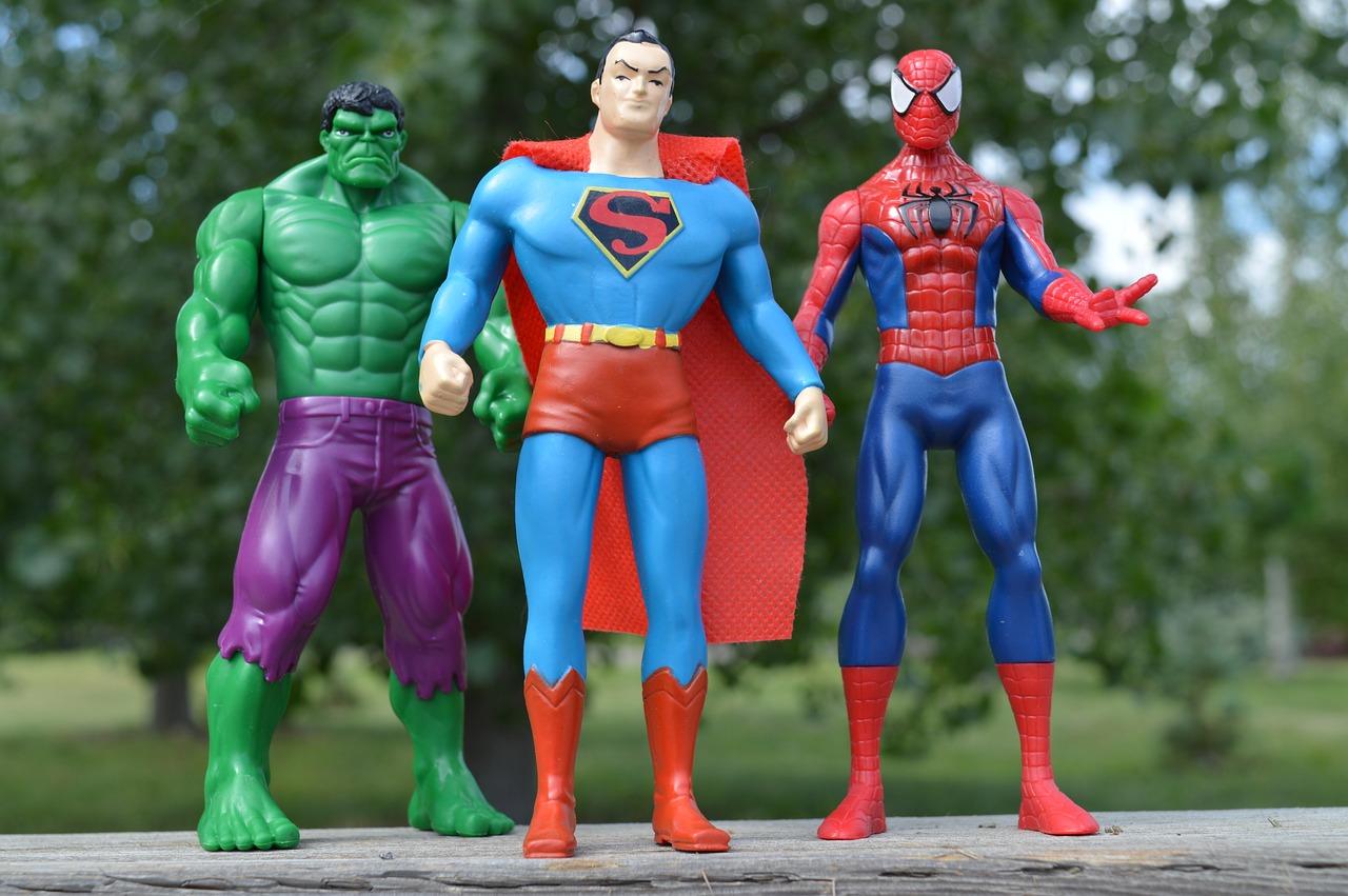 superheroes-1560256_1280.jpg